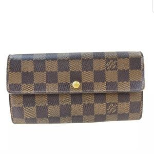 Louis vittion bifold wallet